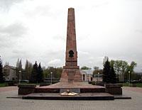 В Тольятти ремонт мемориальных памятников завершат к Дню Победы